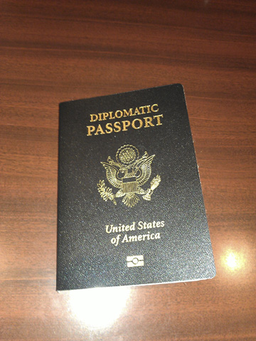 diplomatic-passport-usa.jpg